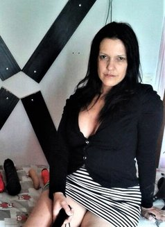 Biacamgirl - dominatrix in Tauranga, North Island Photo 4 of 6