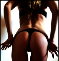 Bianca - masseuse in Budapest