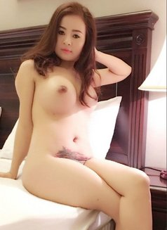 I AM STEFFY ALONE IN MUSCAT - escort in Muscat Photo 12 of 17