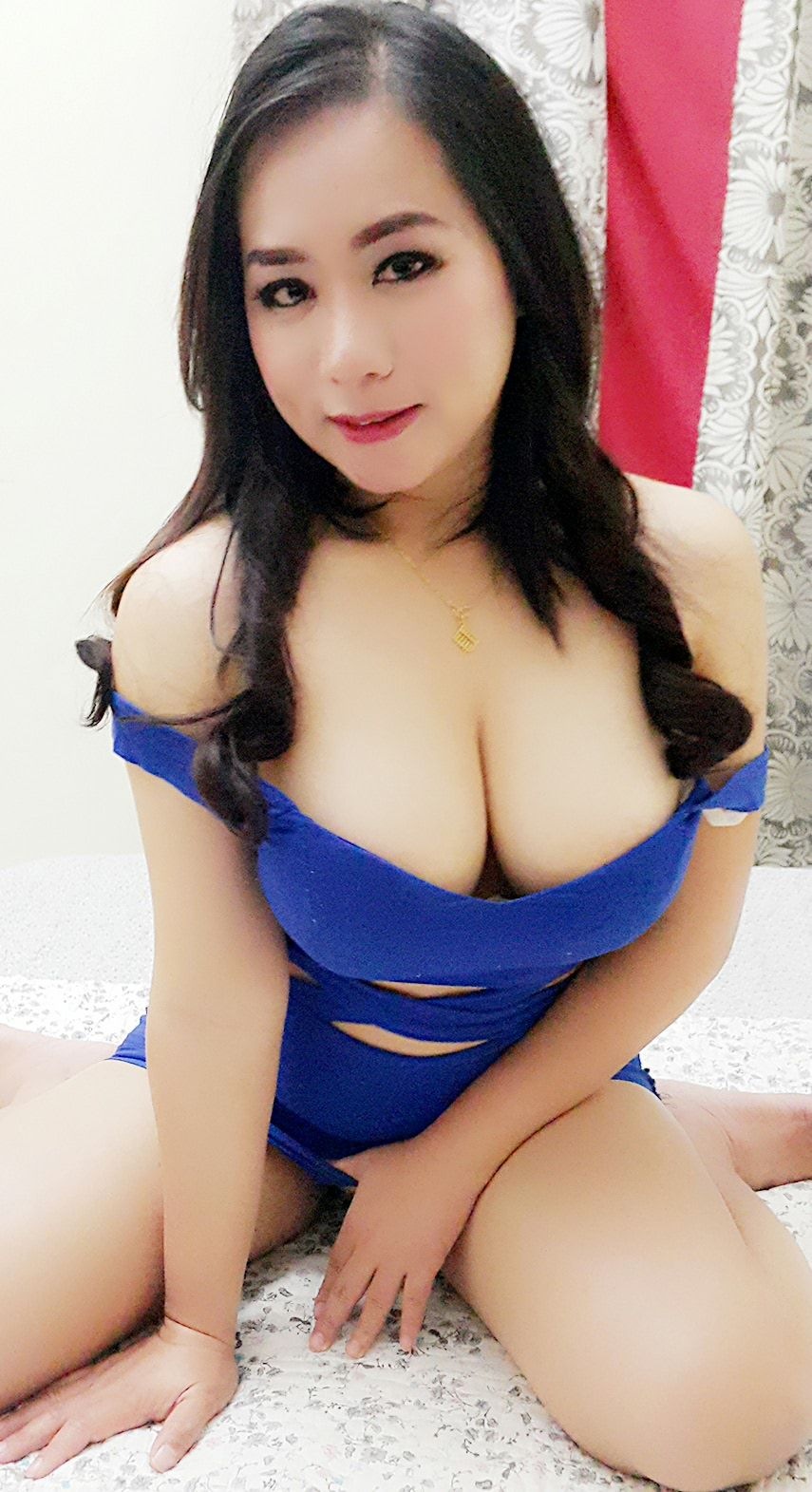 from Damien japan woman naked biggest boobs
