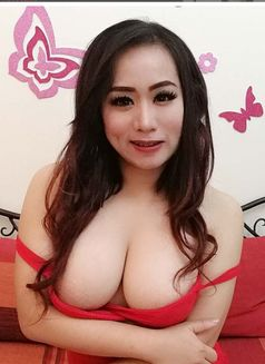 huge boobs escort eskorte thai oslo