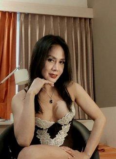 Big C0ck Top Shemale - Transsexual escort in Jakarta Photo 8 of 9