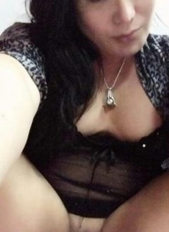 CHUBBY PRETTY WOMAN - escort in Johor Bahru Photo 4 of 30