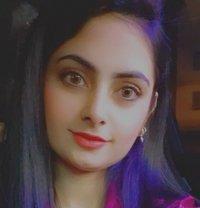 Binisha Indian Girl - escort in Abu Dhabi