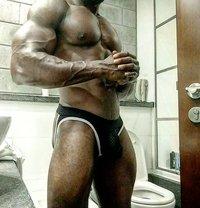 Blackbronze - Male escort in Dubai