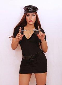 ts brigitte ready in jakarta - Transsexual escort in Jakarta Photo 9 of 30