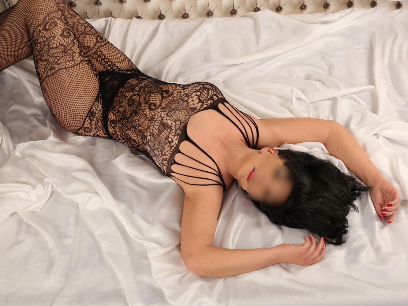 busty english escorts consuelo escort