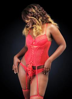 Brittney - escort in Nairobi Photo 1 of 9