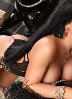 GABRIELLA MANZINI - Transsexual escort in Dubai Photo 10 of 21