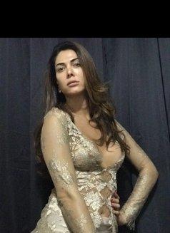 Bruna Geneve escort shemale - Transsexual escort in São Paulo Photo 12 of 14