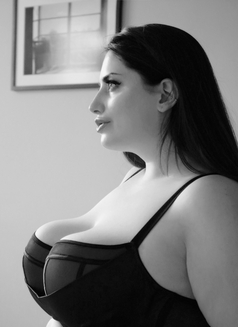 Bunny Bbw - escort in London Photo 3 of 10