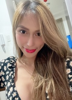 CAMSHOW AVAILABLE Asian Girl Melanie - escort in Singapore Photo 7 of 15