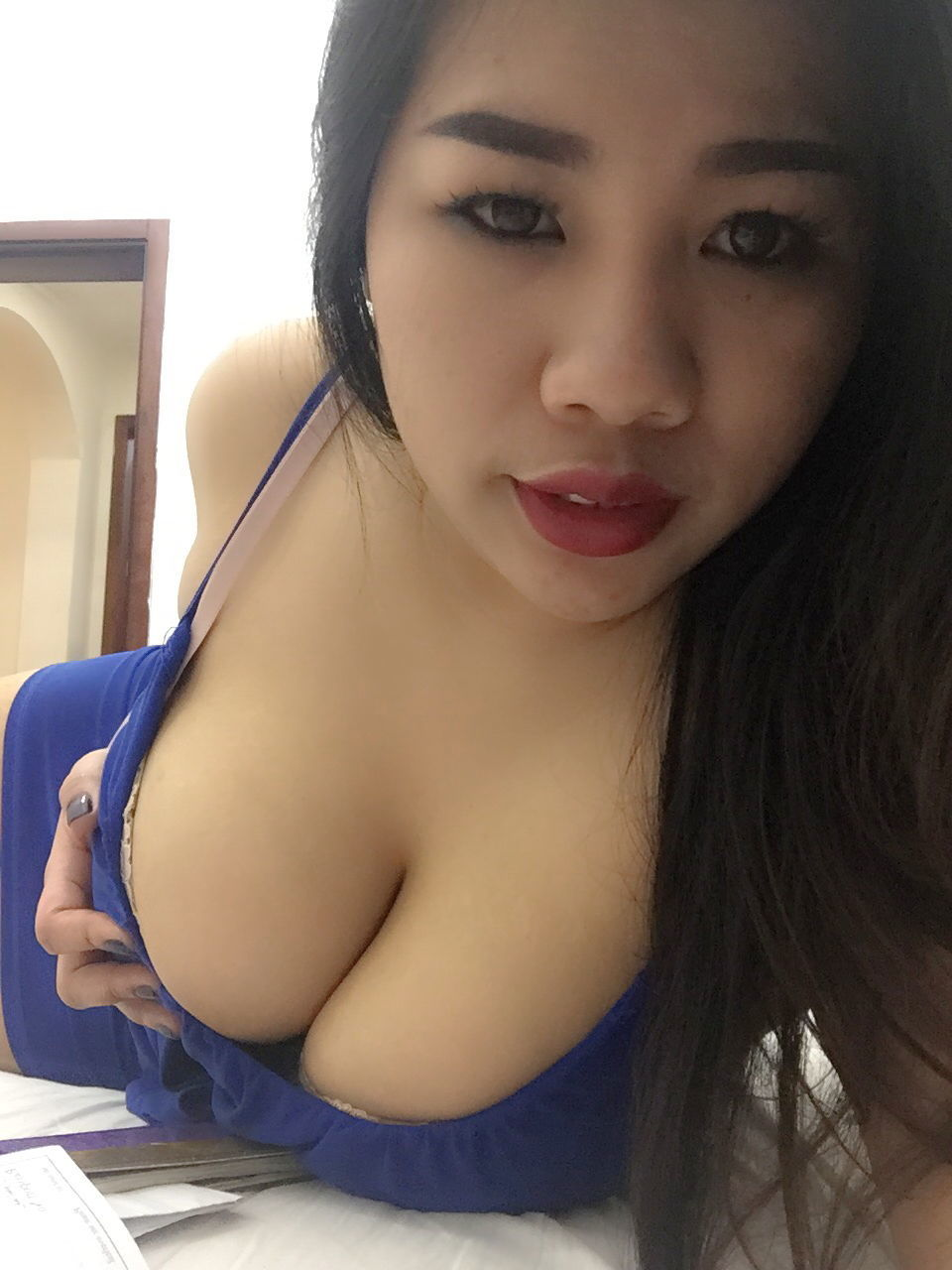 nakne menn european escorts in thailand