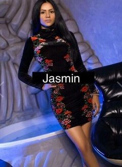 Jasmin - escort in Bucharest Photo 5 of 6