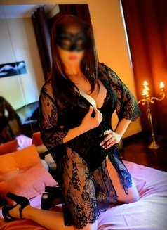 Catarina, Pro Masseuse & Top Escort - escort in Lisbon Photo 5 of 12
