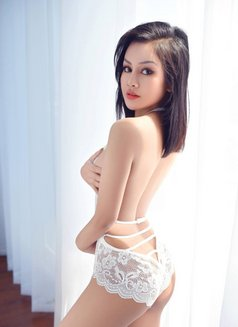 Cecilia, beautyful and wild - escort in Shanghai Photo 14 of 24