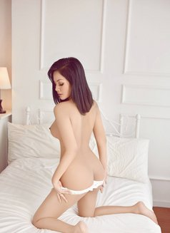 Cecilia, beautyful and wild - escort in Shanghai Photo 20 of 24