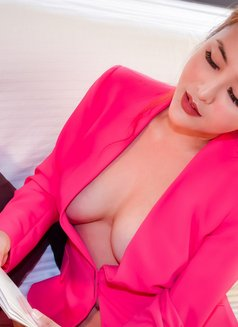 Cecilia - adult performer in Shanghai Photo 3 of 10