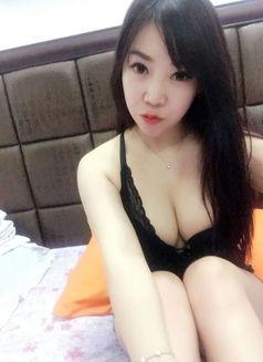 Celina - escort in Shenzhen Photo 3 of 5