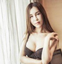 Cherry - escort in Shanghai Photo 1 of 18