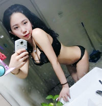 Cherry Nuru Massage Hot Girl - escort in Dubai