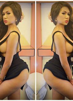 LAST FEW DAYS OF CHINITA PRINCESS - Transsexual escort in Dubai Photo 16 of 27