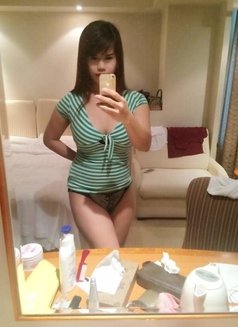 Lovely Vivian - Transsexual escort in Osaka Photo 12 of 18