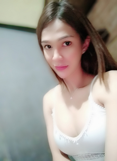 Cindy - escort in Makati City Photo 13 of 25