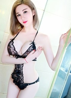 Cindy Tina Vicky 3 sisters - escort in Jeddah Photo 4 of 17