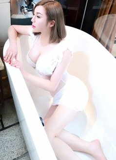 Cindy Tina Vicky 3 sisters - escort in Jeddah Photo 9 of 17