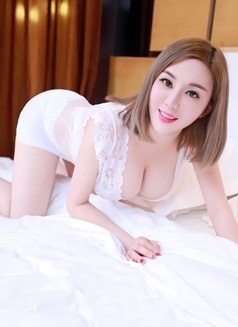 Cindy Tina Vicky 3 sisters - escort in Jeddah Photo 14 of 17