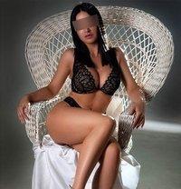Cintia - escort in Madrid