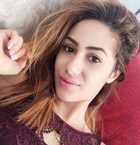Clara - escort in Muscat