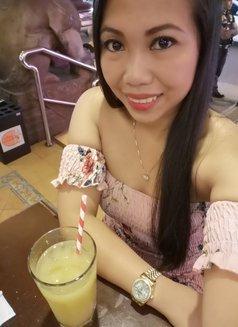 Jane - escort in Makati City Photo 8 of 9