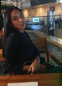 Classy ashley just now in dubai - Transsexual escort in Riyadh Photo 6 of 10