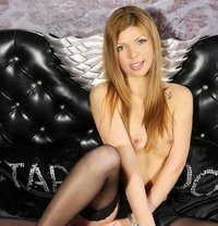 Claudia - escort in Munich
