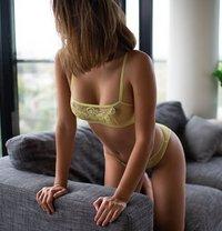 Cleo Montez: Sexy, Stunning Eurasian - escort in Dubai