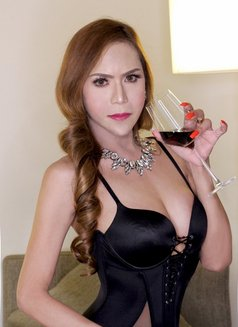 XXL COCKZILLA SOON @ROPONGGI - Transsexual escort in Tokyo Photo 13 of 18