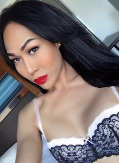 TOP SELENA IN SINGAPORE - Transsexual escort in Singapore Photo 1 of 20