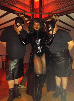 Countess Dionysus - dominatrix in Athens Photo 5 of 5