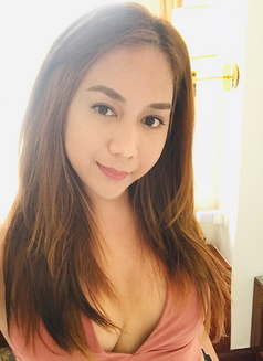 Creamy XinAshlee available for camshow - Transsexual escort in Manila Photo 13 of 21