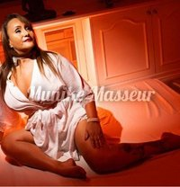 Curvy Munike Masseur*GFE - escort in London Photo 16 of 18
