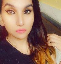 Cute Shivanya - Transsexual escort in Mumbai