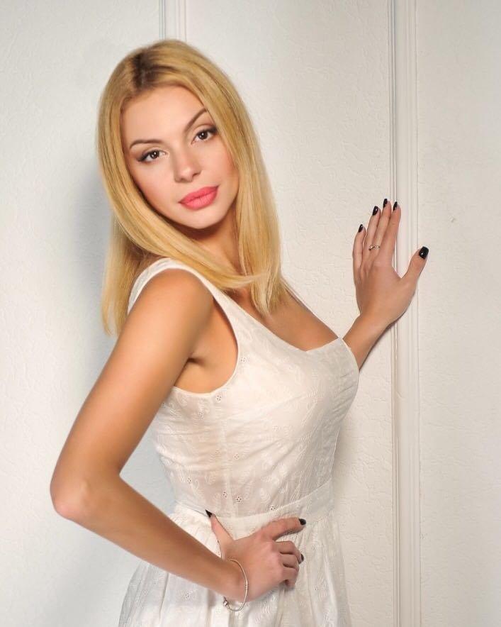Dana, Ukrainian escort in İstanbul
