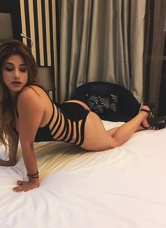 Danna Hot Colombian - escort in Dubai Photo 2 of 12