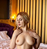 Anya - escort in Milan Photo 1 of 7