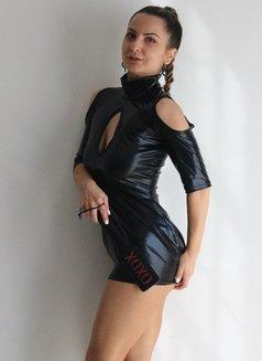 Daria - escort in Amsterdam Photo 15 of 17