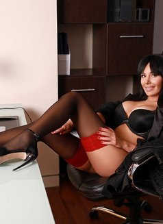 Diana - escort in Moscow Photo 4 of 7
