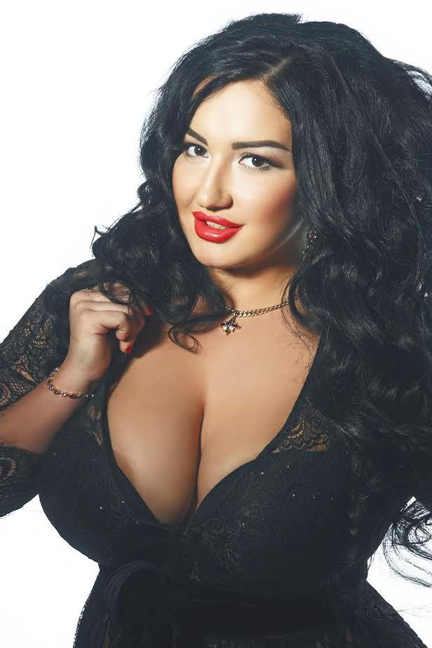huge boobs bucarest escort