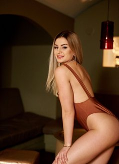 Diana Independent - escort in Budapest Photo 1 of 5